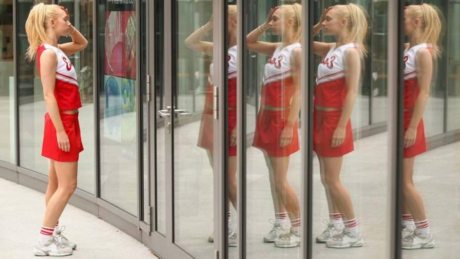 Nicky Griffiths momentos antes de se apresentar com a banda The Gleeks, em tributo ao seriado americano Glee, em Londres