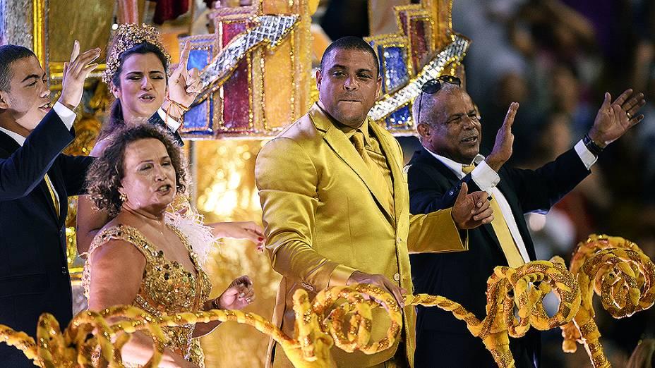 Ronaldo no desfile da Gaviões da Fiel, em São Paulo