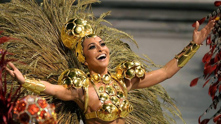 Sabrina Sato no desfile da Gaviões da Fiel, em São Paulo