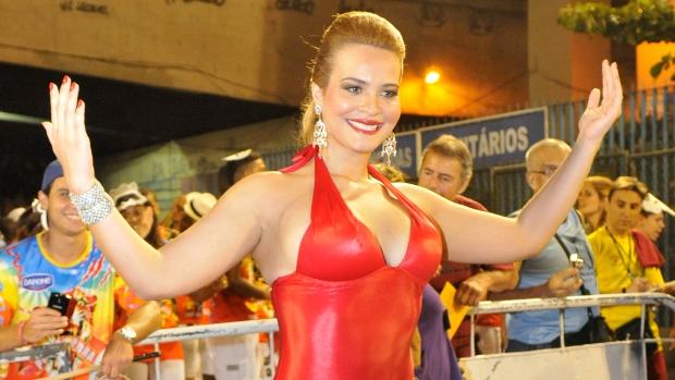 geisy-arruda-ensaio-porto-da-pedra-carnaval-20120130-original.jpeg