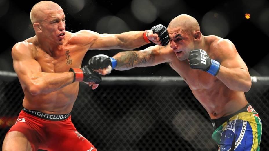 Georges St-Pierre derrota Thiago Alves no UFC 100