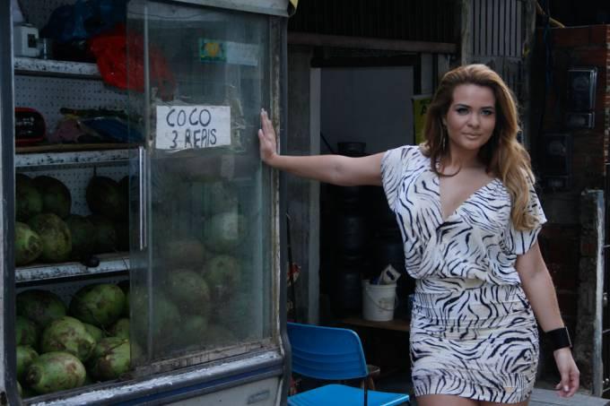 geyse-arruda-faz-ensaio-de-moda-na-favela-de-heliopolis-em-sp-original.jpeg