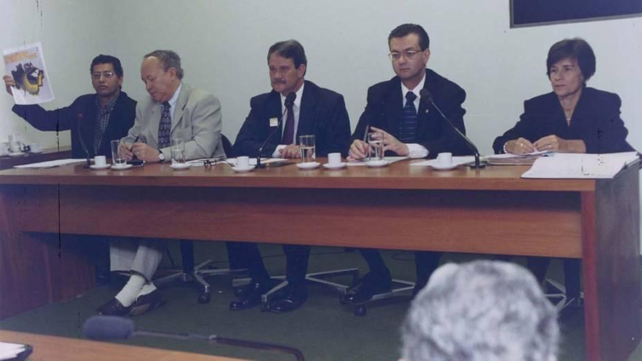 Gilberto Kassab, o segundo da direita para a esquerda, na Câmara dos Deputados, em Brasília