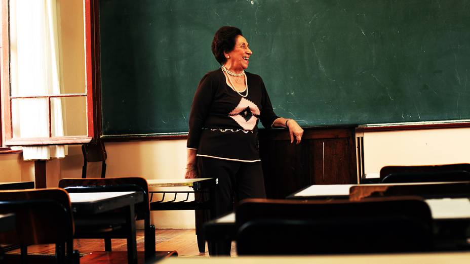 Professora Maria Aparecida Soutto Mayor, agora diretora de ensino da escola Liceu Pasteur, onde Gilberto Kassab estudou quando criança