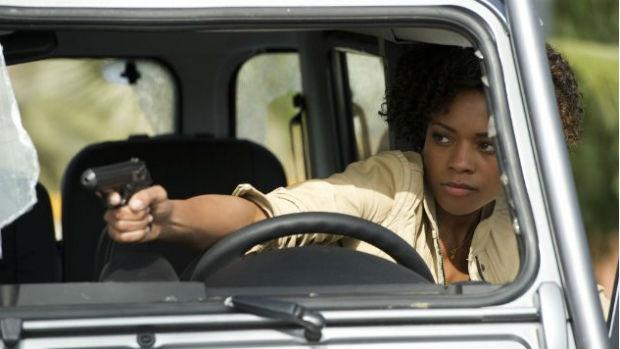 A atriz Naomie Harris como Eve, uma das bond girls de Skyfall