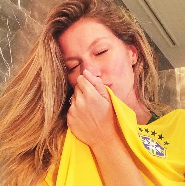Gisele Bündchen diz estar pronta para o jogo do Brasil contra Camarões