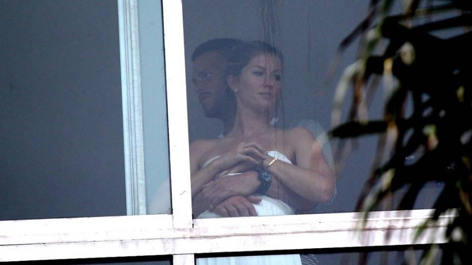 Gisele Bündchen e Tom Brady em clima de romance em hotel do Rio de Janeiro