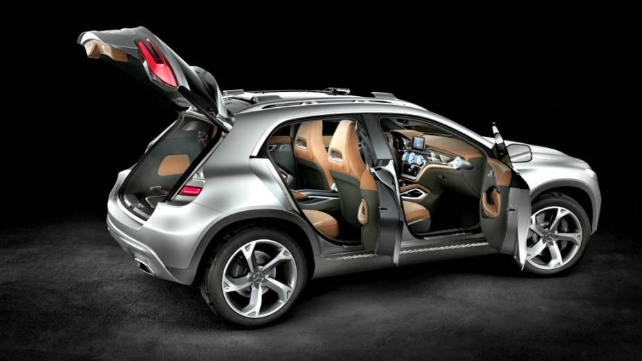 O GLA deve ter motor turbo, 2.0 litros, com 211 cv, e tração integral nas quatro rodas