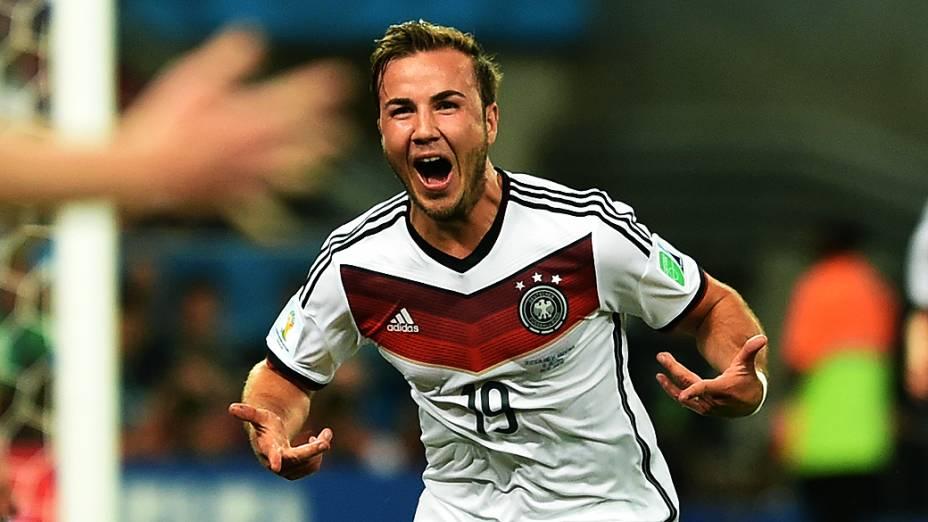 O alemão Götze comemora gol no segundo tempo da prorrogação na final contra a Argentina, no Maracanã no Rio