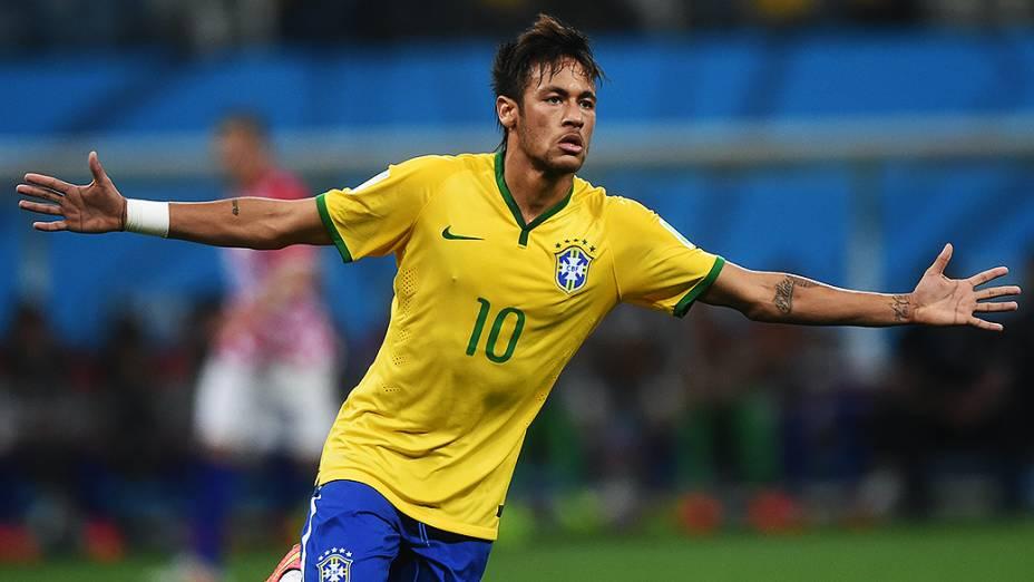 Neymar comemora gol de empate contra a Croácia no Itaquerão, em São Paulo