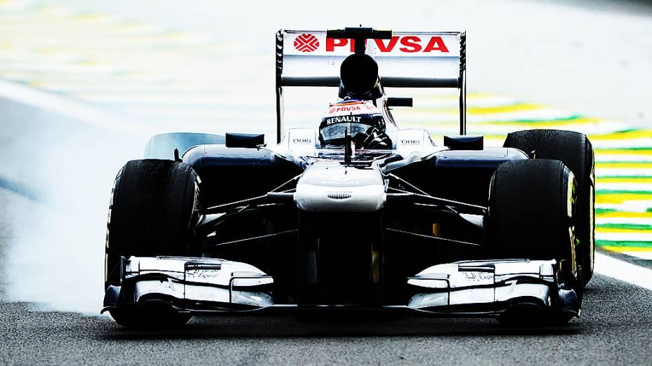 Pastor Maldonado durante a corrida do Grande Prêmio do Brasil
