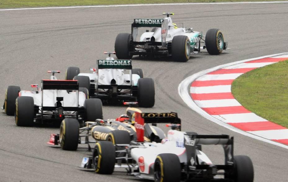 Disputa por posições no GP da China de Fórmula 1, em Xangai