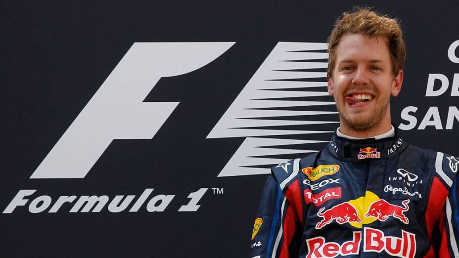 Sebastian Vettel, da Red Bull Racing, comemora a vitória no GP da Espanha