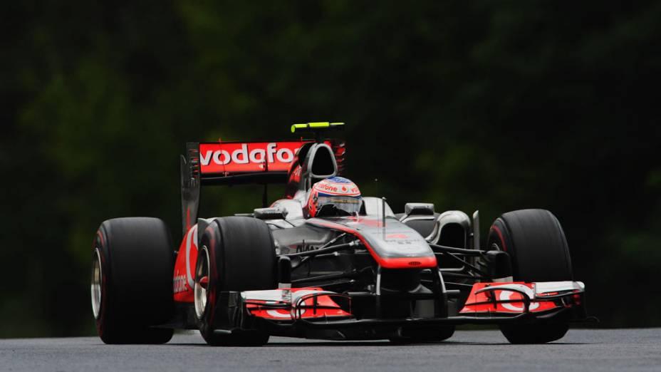 Jenson Button, da McLaren, durante o GP da Hungria. Em sua 200º corrida na F1, o piloto inglês terminou vencendo a prova