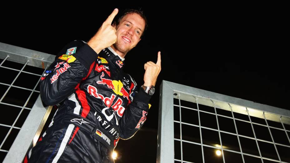 Sebastian Vettel comemora o bicampeonato após o GP do Japão