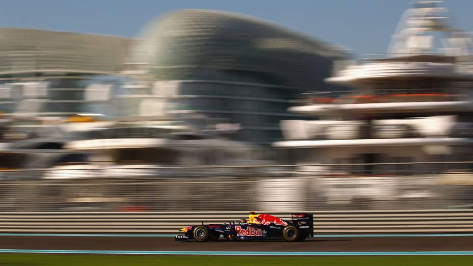 Sebastian Vettel, da Red Bull Racing, durante o treino livre do GP de Abu Dhabi<br>