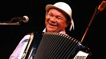 Grammy Latino 2012: Iluminado, de Dominguinhos, foi considerado melhor álbum de música brasileira de raiz