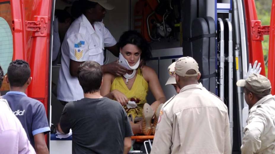 Susana Pires durante gravação da novela Fina Estampa na praia de Grumari, Rio de Janeiro