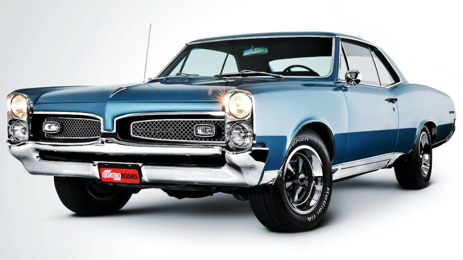 Pontiac GTO: o modelo 1964 tinha um pacote com motor V8, 6.4 litros e 325 cavalos de potência. Avaliado em mais de 70.000 dólares