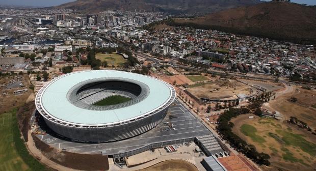 Vista aérea do Green Point Stadium, na África do Sul