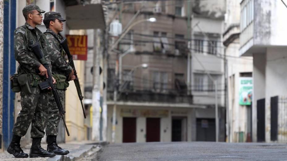 Durante a greve, o policiamento das ruas está sendo feito por militares da Força Nacional