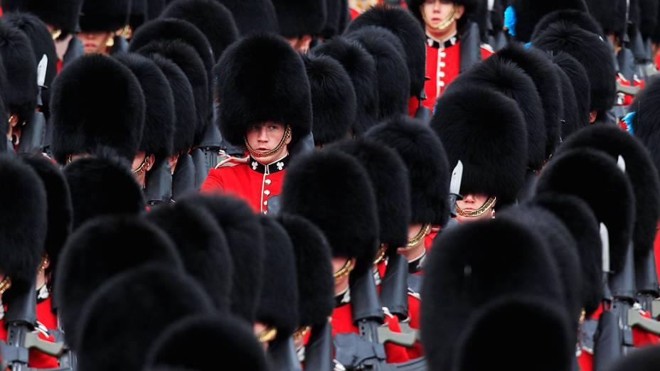Guardas durante as festividades do jubileu de diamante da Rainha Elizabeth II, na Inglaterra