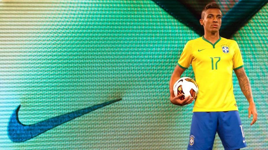 Evento de lançamento da nova camisa da seleção, da Nike, no Parque do Flamengo, no Rio