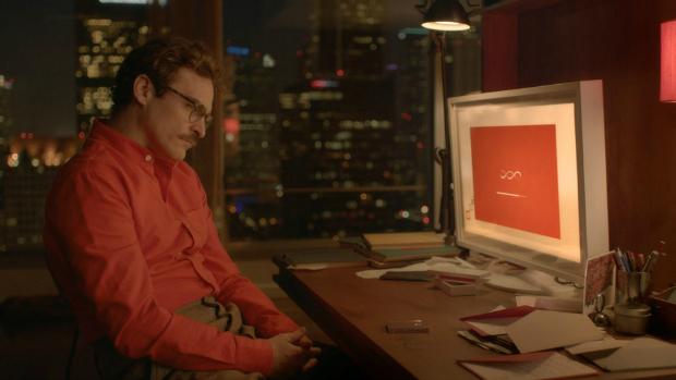 O ator Joaquin Phoenix em cena do filme Her, de Spike Jonze
