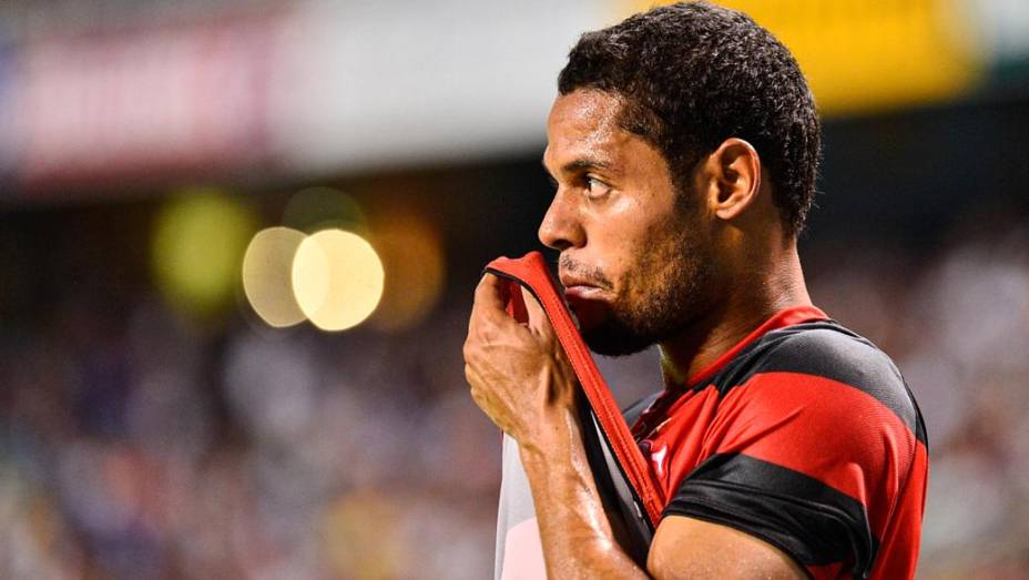 O Flamengo de Hernane: receita de 212 milhões de reais em 2012