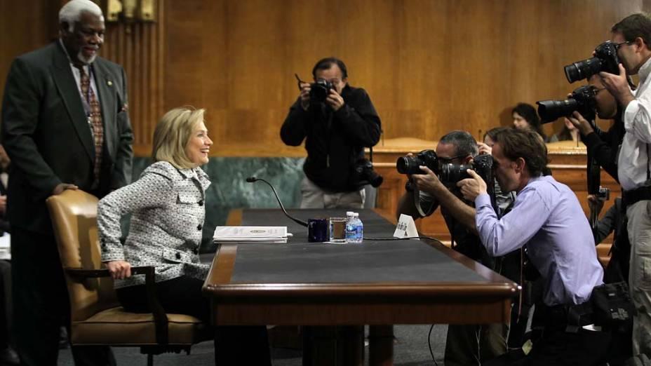 Hillary Clinton participa de reunião no Comitê de Relações Internacionais em Washington, Estados Unidos