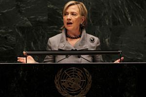 Hillary Clinton discursa em conferência da ONU