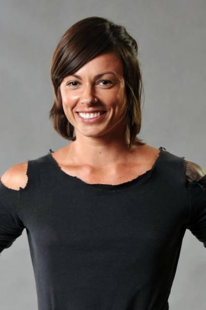 Produtora de moda, Marina, 30 anos, pratica corrida, spinnning, canoagem havaiana e uma modalidade ainda mais radical: taruagem. Ao todo, tem 37 desenhos sobre a pele