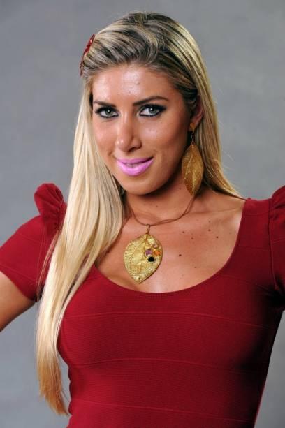 Tatiane, 23 anos, é modelo e natural de São Paulo. Já foi triatleta, fez patinação artística e pratica musculação. Medo: baratas