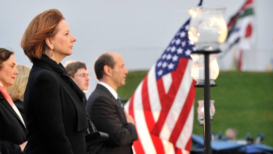Primeiro ministro da Austrália Julia Gilard e o embaixador americano Jeffery Bleich prestam homenagem as vítimas do 11 de Setembro, na Austrália