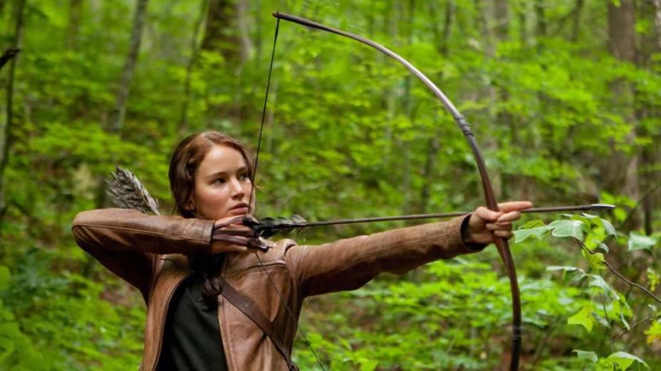 Para interpretar Katniss Everdeen no filme Jogos Vorazes, a atriz Jennifer Lawrence teve de fazer aulas de arco e flecha