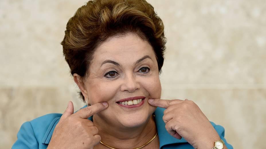 Dilma Rousseff durante reunião do Conselho de Desenvolvimento Econômico e Social, no Palácio do Planalto, em Brasília