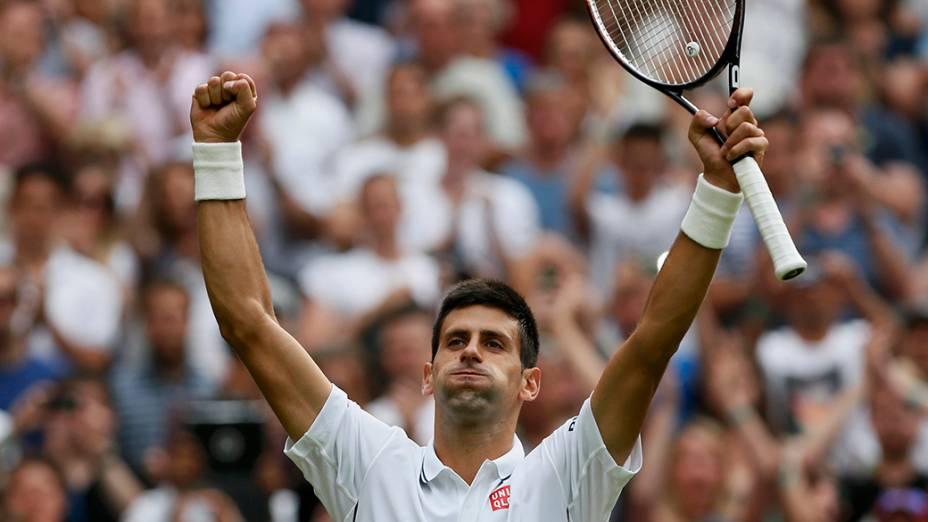 Teve início hoje (23), o campeonato de Tênis de Wimbledon, em Londres; Na imagem, o sérvio, Novak Djokovic, durante uma partida