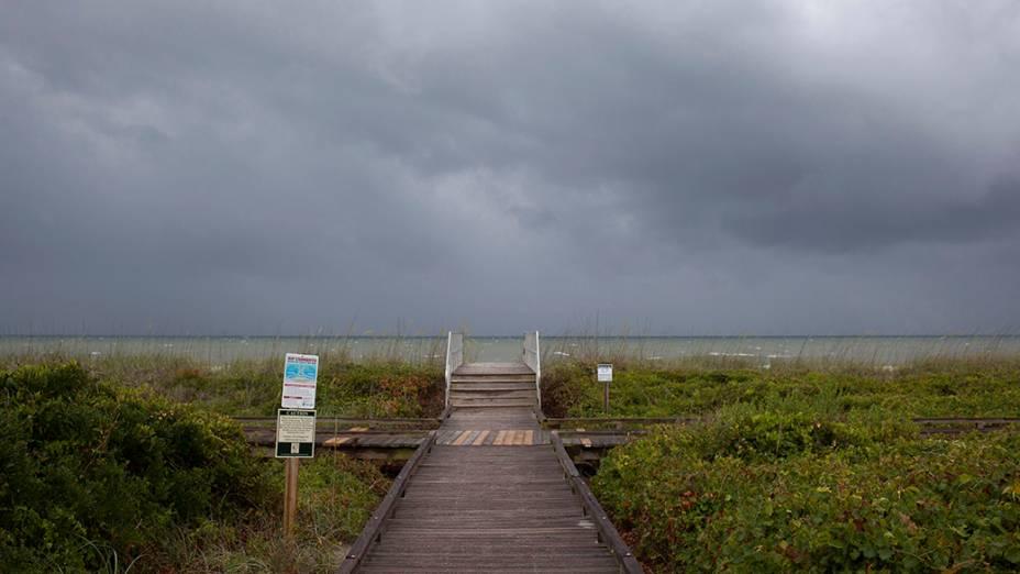 Nos Estados Unidos, furacão Arthur se aproxima da costana praia de Myrtle, na Carolina do Sul; É o primeiro furacão da temporada do Atlântico neste ano