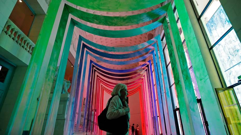 """Criação da artista Elsa Tomkowiak dentro do teatro Graslin como parte do festival de arte """"A viagem para Nantes"""", na França"""
