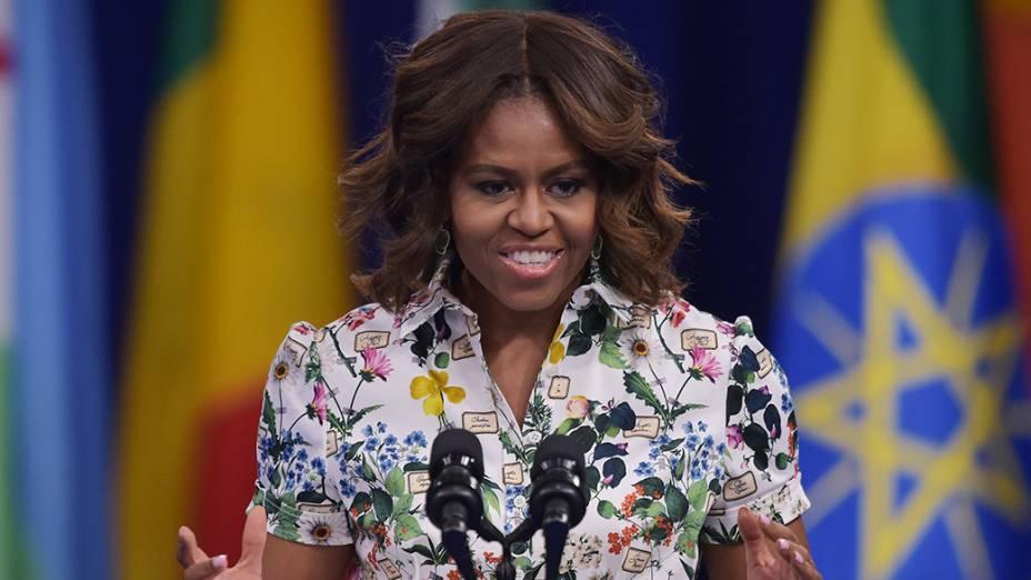 A Primeira-dama dos Estados Unidos,Michelle Obama, discursa durante aCúpula Presidencial daIrmandadepara Jovens Líderes Africanos,em Washington