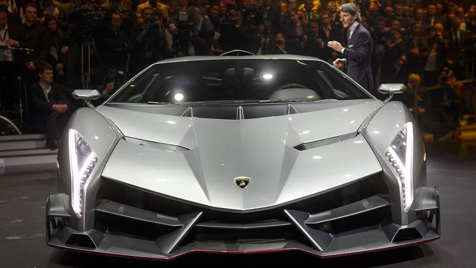 Lamborghini Veneno é apresentada no Salão do Automóvel de Genebra 2013