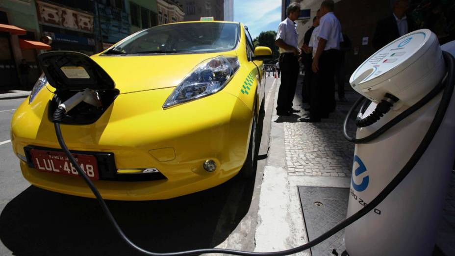Primeiro taxi elétrico começa a rodar este mês no Rio de Janeiro