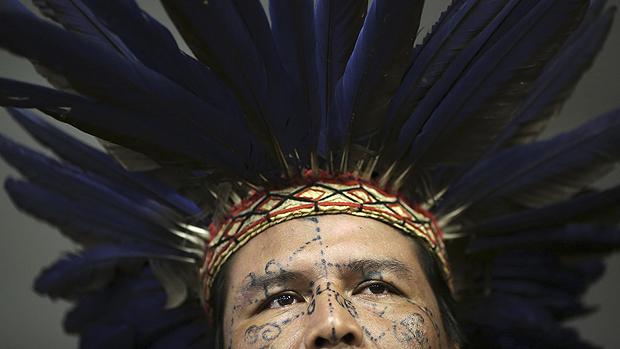 Luiz Fernando, da tribo Kadiwzu, em discussão sobre a situação dos povos indígenas na Comissão de Direitos Humanos, em Brasília