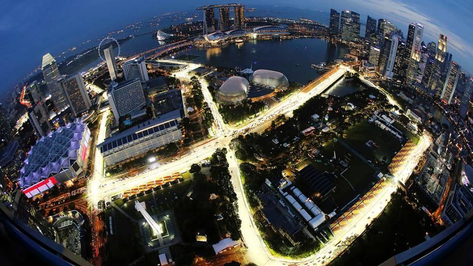 Circuito de rua em Cingapura onde será realizada a etapa do campeonato de Fórmula 1, no próximo dia (22)