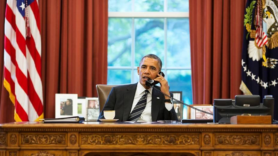 O presidente dos Estados Unidos Barack Obama, fala com o novo presidente do Irã, Hassan Rouhani, em telefonema histórico nesta sexta-feira (27)