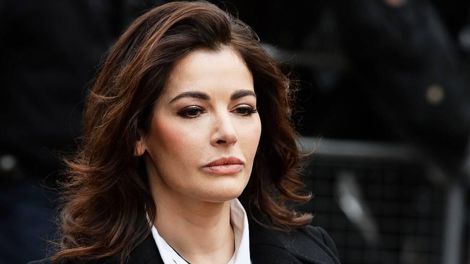Apresentadora Nigella Lawson chega para julgamento contra ex-assistentes na Corte de Isleworth Crown. Nigella acusa seus ex-assistentes de gastar mais de R$ 1 milhão com seu cartão, em Londres