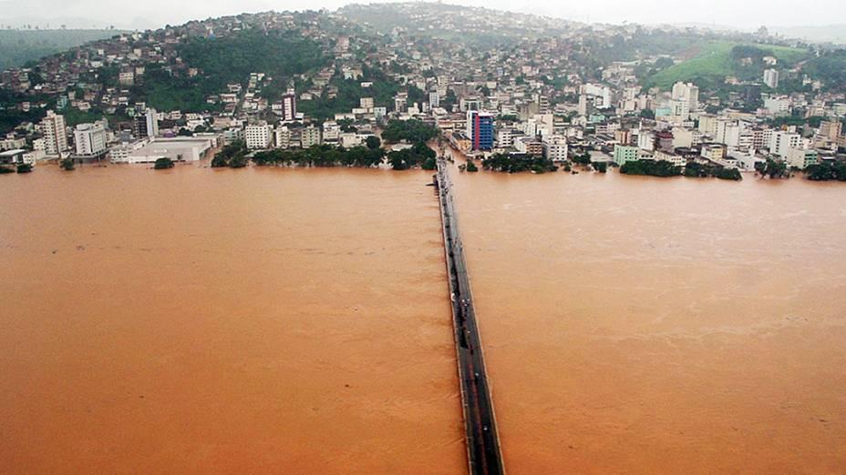 imagem cedida pela assessoria de imprensa do estado do Espírito Santo, mostra a inundação provocada pela cheia do rio Doce, na capital Vitória
