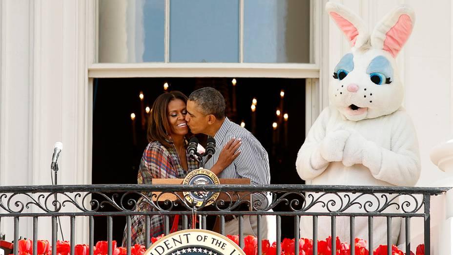 O presidente dos Estados Unidos Barack Obama e a primeira-dama Michelle Obama, participaram, nesta segunda-feira (21), da tradicional celebração de Páscoa na Casa Branca