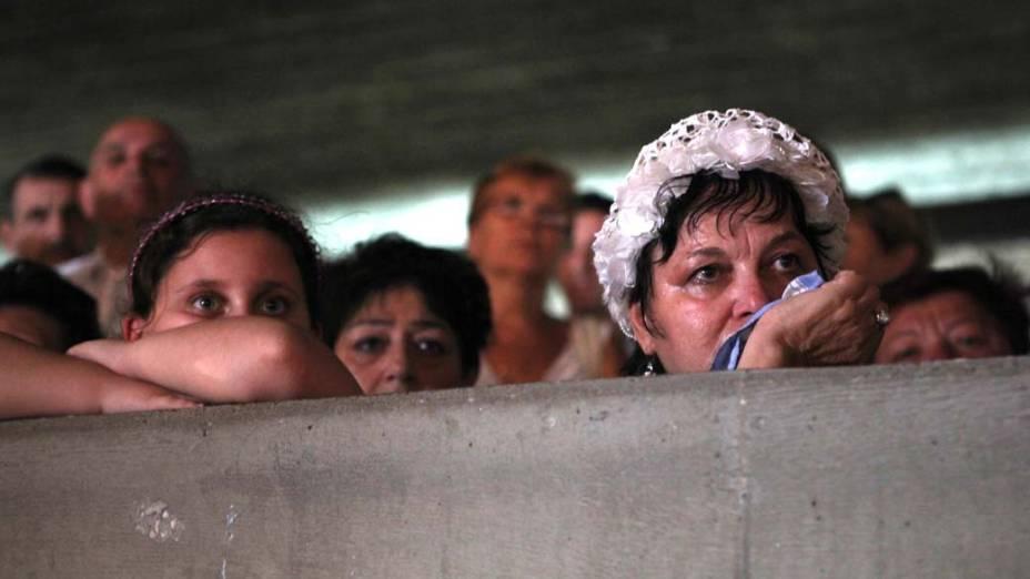 Em Jerusalém, membros da Associação de Imigrantes Ucranianos participam de evento oficial marcando os 70 anos do massacre de judeus na Ucrânia