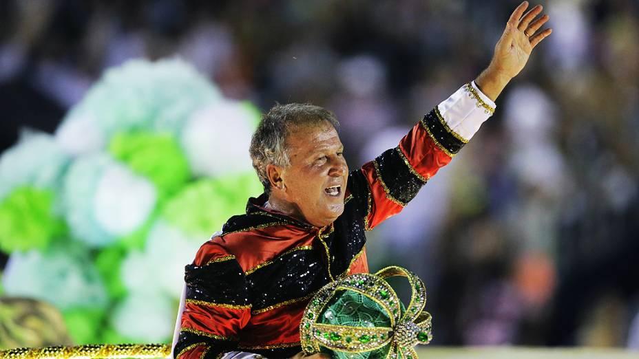Zico, homenageado da Imperatriz Leopoldinense, na Marquês de Sapucaí na segunda noite do carnaval carioca